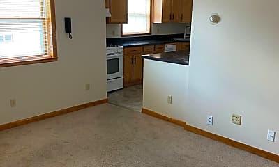 Living Room, 1324 W Nedro Ave, 1