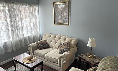 Living Room, 5923 N Broad St 1, 1
