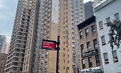Building, 222 E 36th St, 0