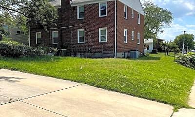 Building, 6237 Laurelton Ave A, 2