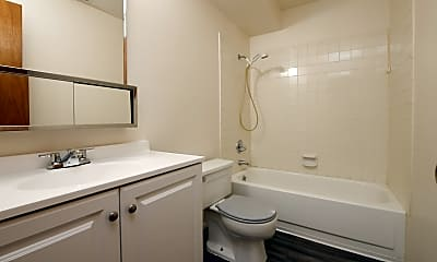 Bathroom, 1041 Ponderosa Way, 2