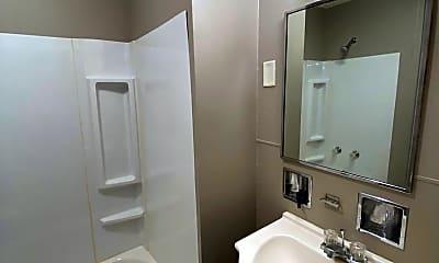 Bathroom, 631 Runnion Ave, 2
