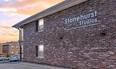 Building, 256 Lyndhurst Pl, 1