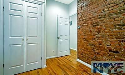 Bathroom, 3161 Broadway, 1