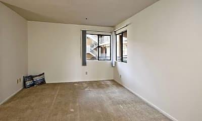Bedroom, 1051 Ohio Ave, 2