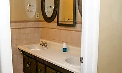 Bathroom, 2117 N Hollywood Ave, 2