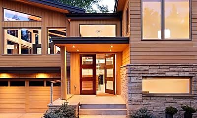 Building, 745 Castle Creek Dr, 1