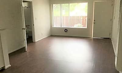 Living Room, 661 N Harbor Blvd, 0