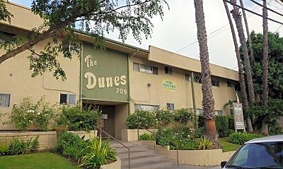 Dunes, The, 0