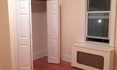 Bedroom, 691 Bronx River Rd 2, 1