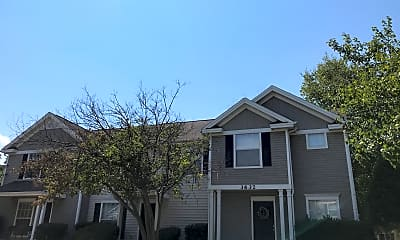 Cheshire Chase Apartments, 2