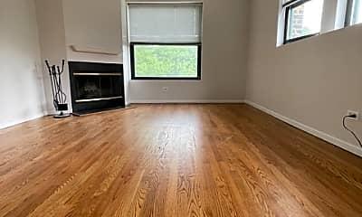 Living Room, 1714 W Montrose Ave, 0