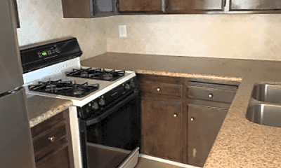 Kitchen, 930 S Meyler St, 1