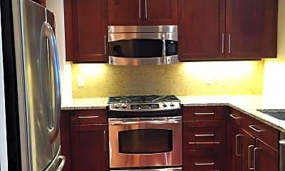 Kitchen, 8220 Crestwood Heights Dr 518, 1