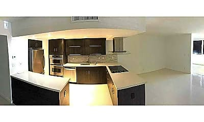 Kitchen, 20350 W Country Club Dr, 0