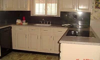 Kitchen, 911 John F. Kennedy Blvd, 1