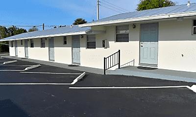 Building, 2135 NE Dixie Hwy, 0