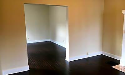Living Room, 127 E Hudson St, 1