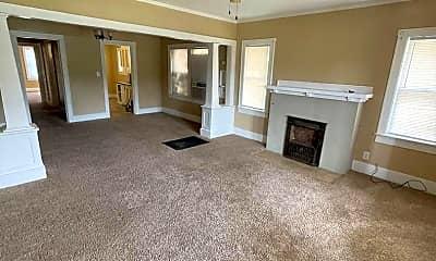 Living Room, 412 W Pine Ave, 1