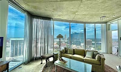 Living Room, 155 S Court Ave 2016, 1