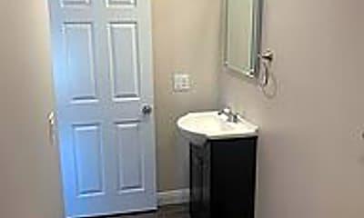 Bathroom, 3518 E Bellevue St, 2