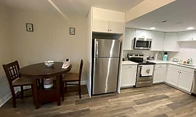 Kitchen, 29 Poplar St, 1