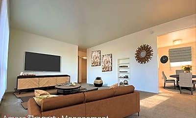 Living Room, 3544 Portland Ave E, 0