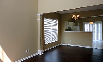 Living Room, 116 N Weststone Boulevard, 1