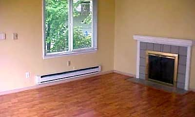 Living Room, 1425 19th Ave, 1