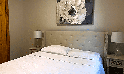 Bedroom, 1 Shady Ln, 2