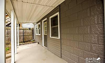 Patio / Deck, 374 Lincoln Way E, 2