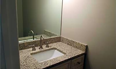 Bathroom, 4247 Glenforest Way, 2