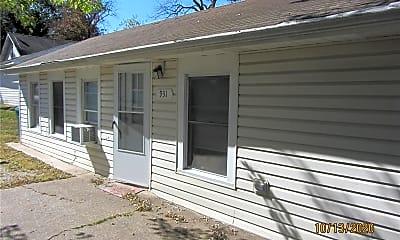 Building, 931 Montebello Rd, 0