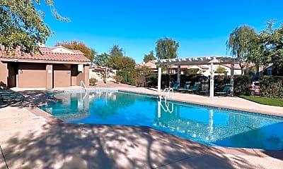 Pool, 47840 Sumac St, 0