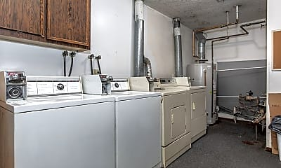 Bathroom, 905 17th St, 2
