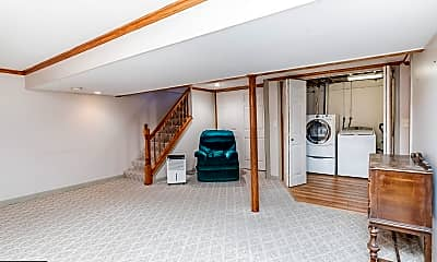 Living Room, 1016 Buttonwood Dr, 2