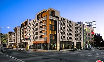 Building, 687 S Hobart Blvd 527, 0