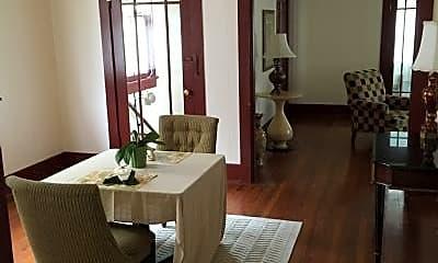 Dining Room, 811 Solomon Pl, 1