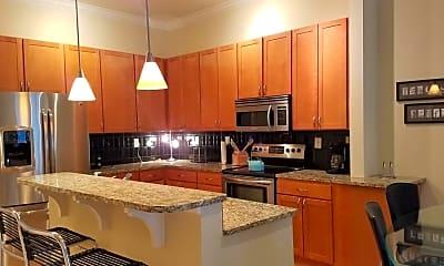 Kitchen, 129 Walnut St 302, 1