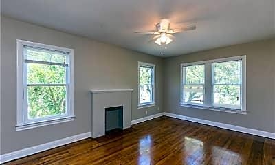 Living Room, 2801 Austin St, 1