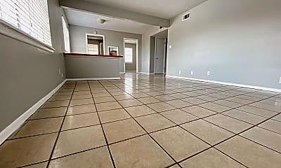 Living Room, 3901 Englewood Cir, 0