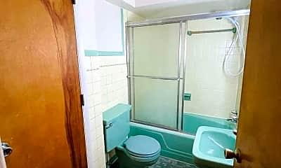 Bathroom, 3106 Grand Ave, 2