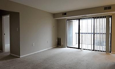 Living Room, 619 Center St, 1