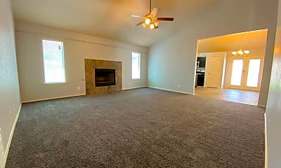 Living Room, 4909 Silver Ranch Ave, 1