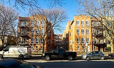 Building, 1640 W Greenleaf Ave, 2