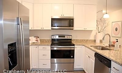Kitchen, 3 Evergreen Dr, 2