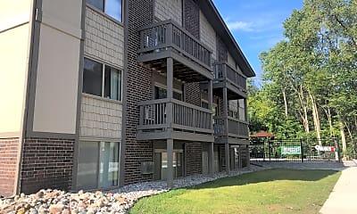731 Burcham Apartments, 2