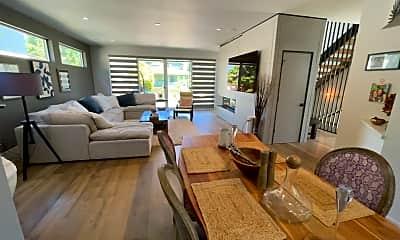 Living Room, 4903 NE 12th Ave, 0