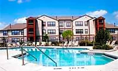 Falcon Trace Apartments, 1