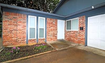 Building, 708 Truman St B, 1